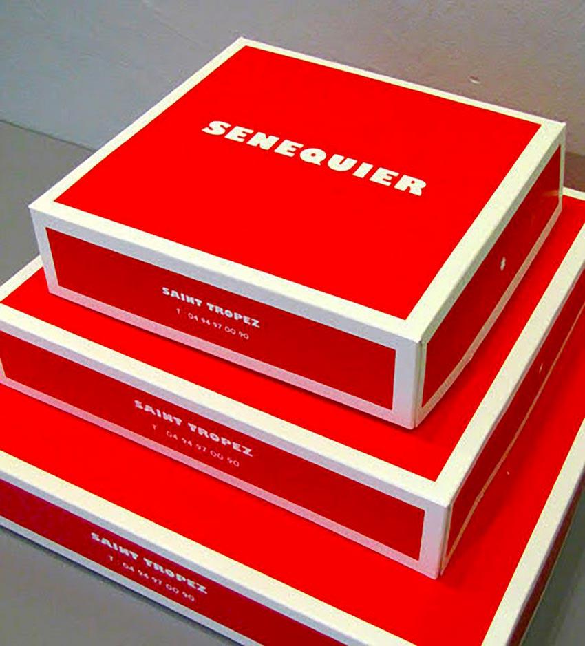 Graphisme et packaging fait par le Studio Emma Roux pour le Café Senequier. Le rouge est la couleur dominante