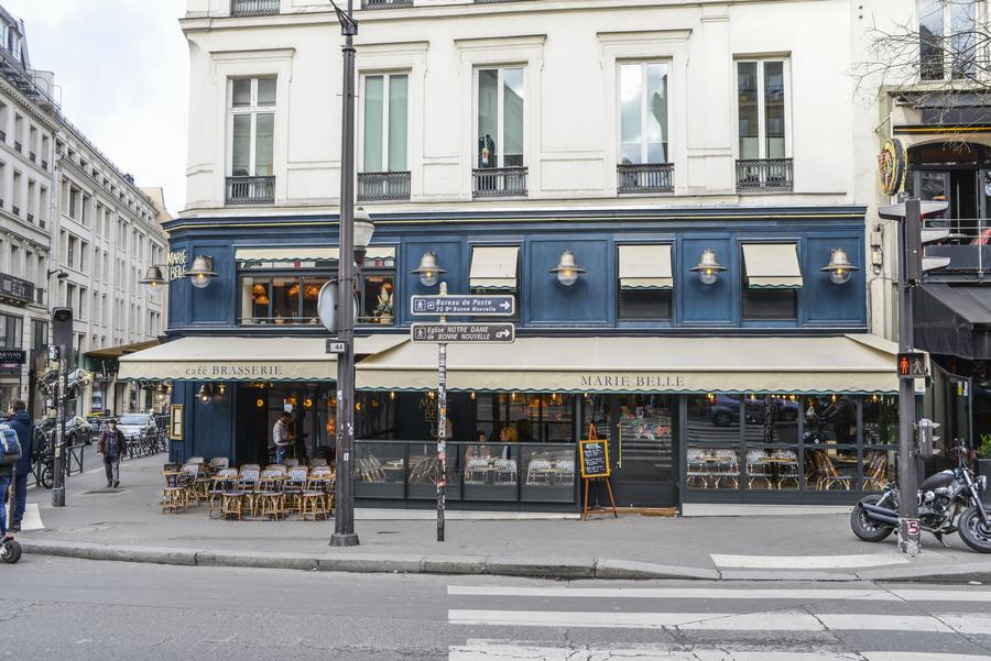 Le Studio Emma Roux en collaboration avec Christopher Matignon, a fait la décoration de Marie Belle, Boulevard de Bonnes Nouvelles à Paris