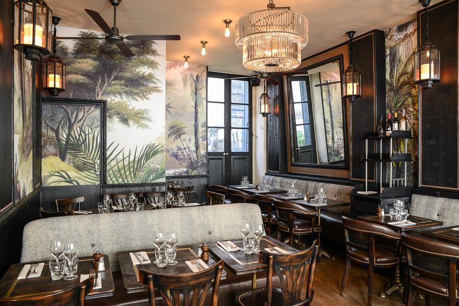 Paris-Prince-Racine-Decoration-Studio-Emma-Roux-graphisme-mobilier-paris-luminaire-brasserie-bar